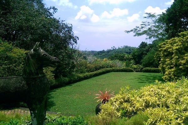 Bevis Bawa Garden
