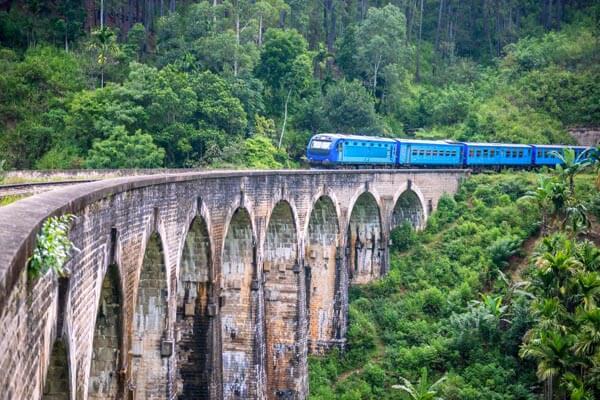 Train Ride Ella to Nanuoya
